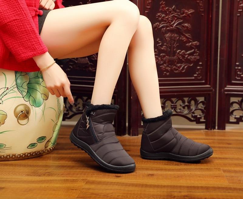 Plus Size 43 Women Boots Waterproof Snow Boots Female Thick Plush Winter Boots Women Warm Ankle Botas Mujer Winter Shoes Woman